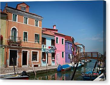 Venice Canal Canvas Print by Linda Woods