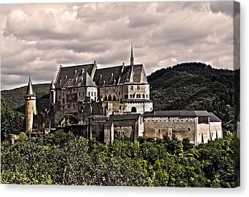 Vianden Castle - Luxembourg Canvas Print by Juergen Weiss