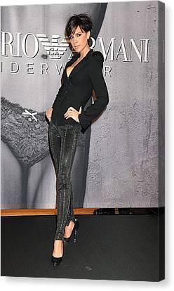 Victoria Beckham Wearing An Emporio Canvas Print by Everett
