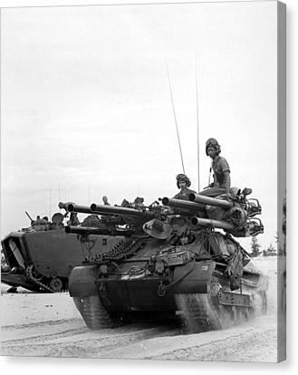Vietnam War. Us Troops Arriving Canvas Print by Everett