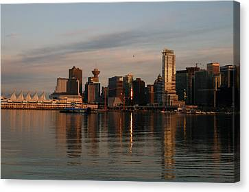 View Of The Waterfront And Downtown Canvas Print by Darlyne A. Murawski