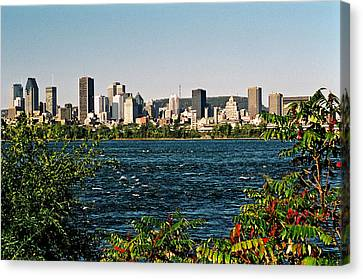 Canvas Print featuring the photograph Ville De Montreal by Juergen Weiss