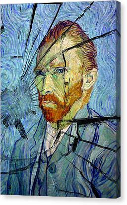 Canvas Print featuring the photograph Vincent by Rod Jones
