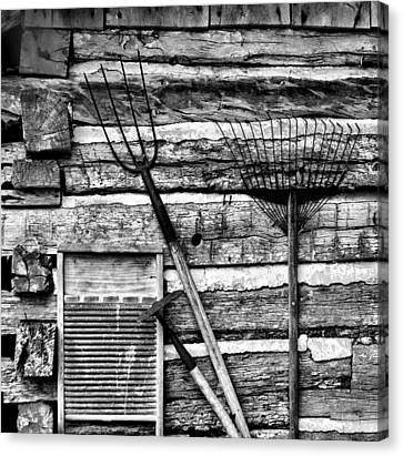 Vintage Garden Tools Bw Canvas Print by Linda Phelps
