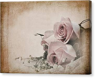 Vintage Roses Canvas Print by Trudy Wilkerson