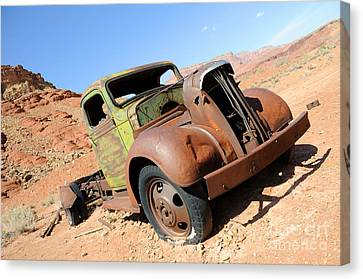 Cliff Lee Canvas Print - Vintage Truck At Lonely Dell Ranch by Gary Whitton