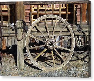 Wagon Wheel Canvas Print by Charles Robinson