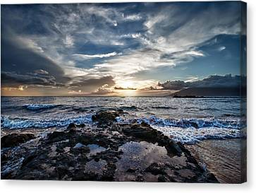 Canvas Print featuring the photograph Wailea Sunset by John Maffei