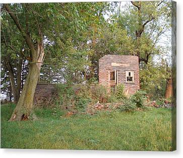 Canvas Print featuring the photograph Walnut Grove School Ruins by Bonfire Photography