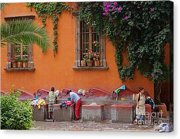 Canvas Print featuring the photograph Washer Women - Mexico by Craig Lovell