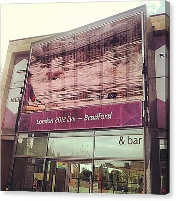 Watching #london2012 In #bradford - Na Canvas Print by Maciej 😂 Liziniewicz