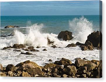 Waves Canvas Print by Graeme Knox