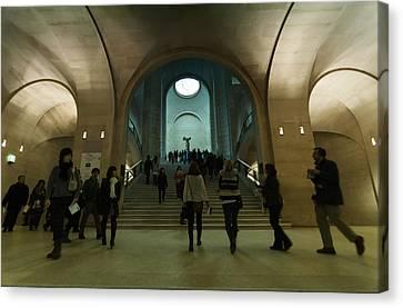 Nike Sculpture In Louvre Museum Canvas Print by Mustafa Otyakmaz