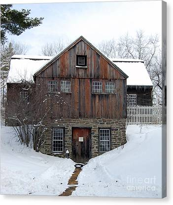 Weathered Building At Old Sturbridge Village Canvas Print by John Small