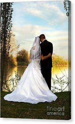 Wedding Couple Canvas Print by Cindy Singleton