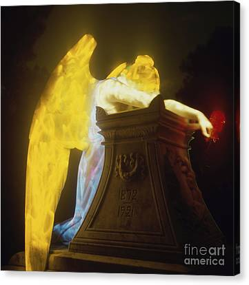 Weeping Angel Canvas Print by Keith Kapple