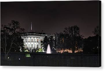 White House At Christmas Canvas Print by Metro DC Photography