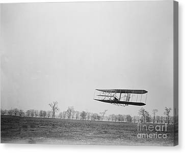 Wilbur Wright Piloting Wright Flyer II Canvas Print by Science Source