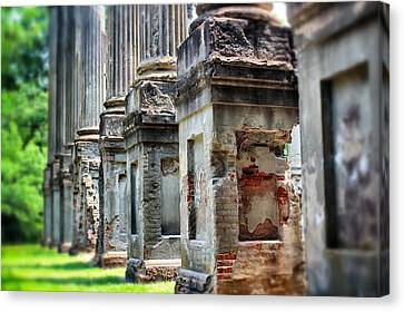 Canvas Print featuring the photograph Windsor Ruins 1 by Jim Albritton