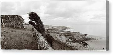 Windswept Machrihanish Canvas Print by Jan W Faul