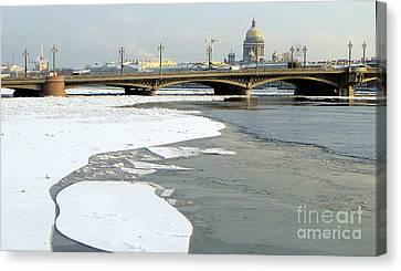 Winterwinterpeterburg Canvas Print by Yury Bashkin