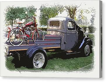 Wizzer Cycle At The Hot Rod Show Canvas Print by Steve McKinzie