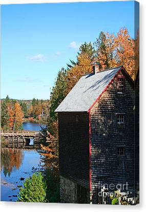Canvas Print featuring the photograph Working Gristmill by Barbara McMahon