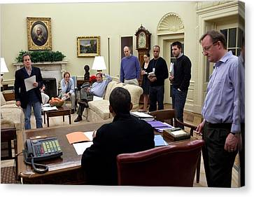 Working Sunday Night In The Oval Office Canvas Print by Everett