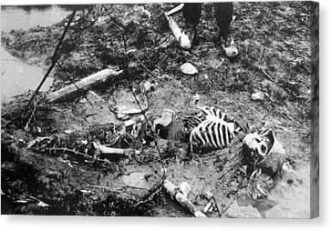 World War I, Skeleton Of A Dead German Canvas Print by Everett