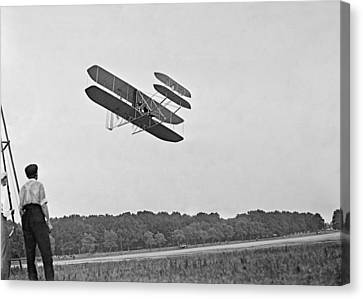 Wrights Airplane In Army Trial Flights Canvas Print by Everett