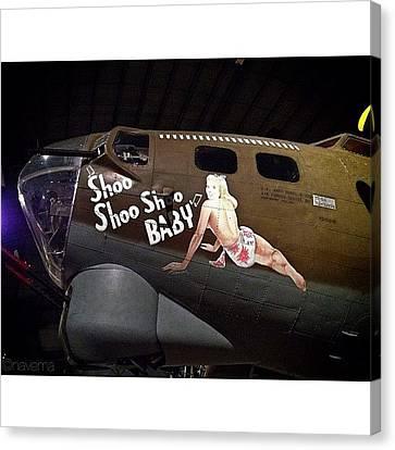 Ww2 Boeing B-17g Flying Fortress shoo Canvas Print by Natasha Marco