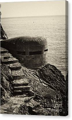 Wwii Pill Box Canvas Print by Leslie Leda