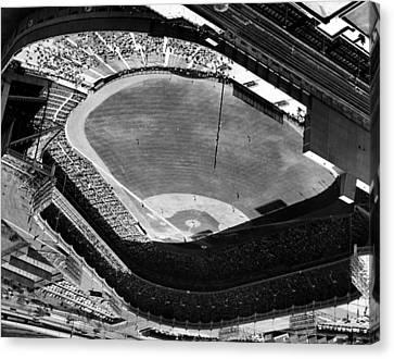 Yankee Stadium On Labor Day. 20,000 Canvas Print by Everett