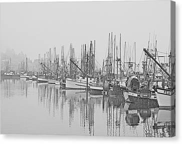Canvas Print featuring the photograph Yaquina Bay Harbor   Newport Oregon by Gordon Ripley