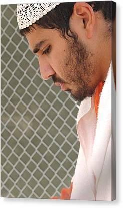 Yasser Esam Hamdi A Prisoner At Camp Canvas Print by Everett
