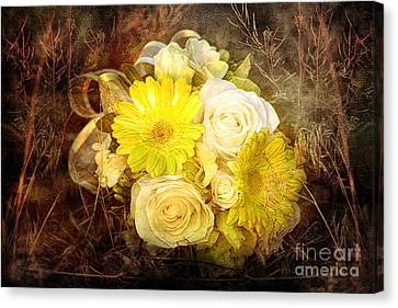 Yellow Gerbera Daisy And White Rose Bridal Bouquet In Nature Setting Canvas Print by Cindy Singleton