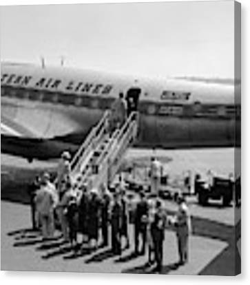 1950s Group Of Passengers Boarding Canvas Print by Vintage Images