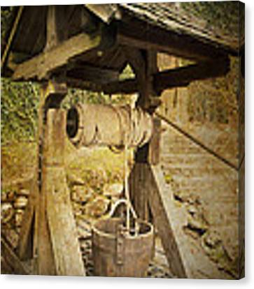 Old Draw Well Canvas Print by Heiko Koehrer-Wagner