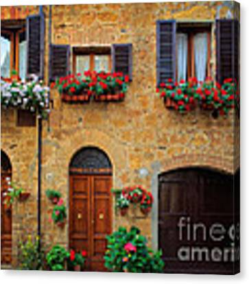 Tuscan Homes Canvas Print