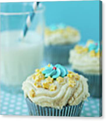 Cup Cake With Stars Topping Canvas Print