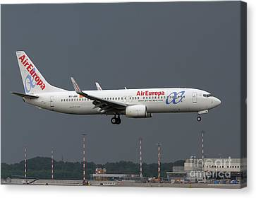 Canvas Print featuring the photograph  Aireuropa - Boeing 737-800 - Ec-jbk  by Amos Dor