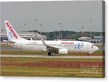 Canvas Print featuring the photograph  Aireuropa - Boeing 737-800 - Ec-kcg  by Amos Dor