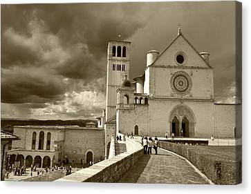 Basilica Of San Francesco Canvas Print by John Hix