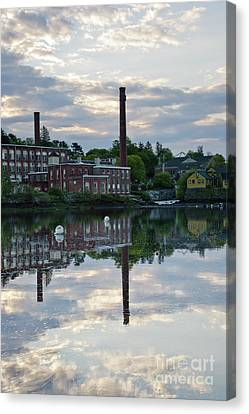 Exeter New Hampshire Usa Canvas Print by Erin Paul Donovan