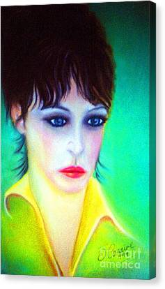 Lady Gaze Canvas Print by Liam O Conaire