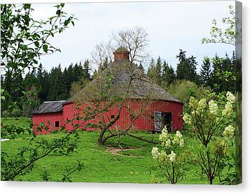 Spring At The Round Barn Canvas Print