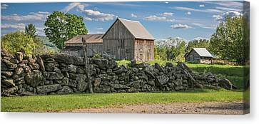 #0079 - Robert's Barn, New Hampshire Canvas Print