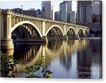 0333 3rd Avenue Bridge Minneapolis Canvas Print by Steve Sturgill
