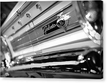 1964 Ford Galaxie 500 Xl Canvas Print by Gordon Dean II