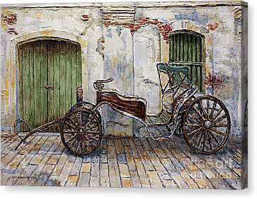 A Carriage On Crisologo Street 2 Canvas Print